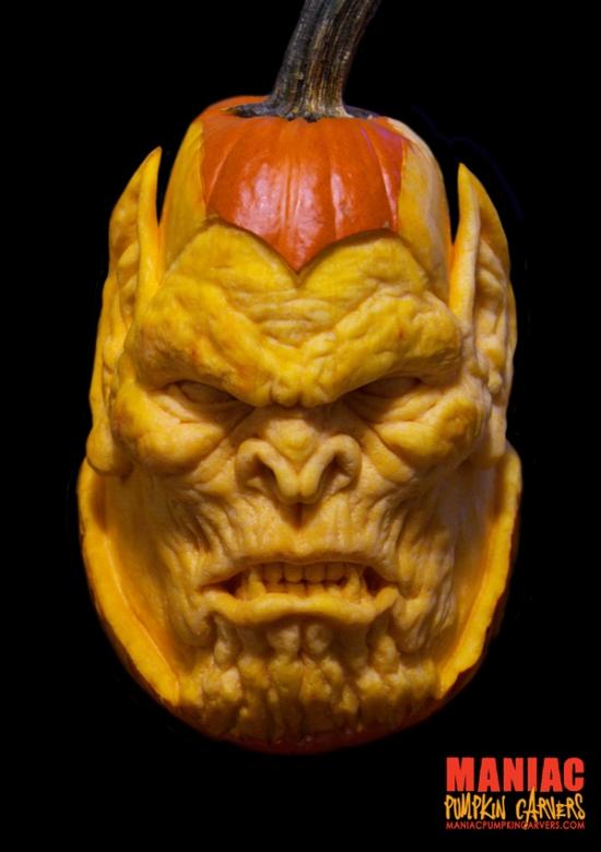 Maniac_Pumpkin_Carvers_01