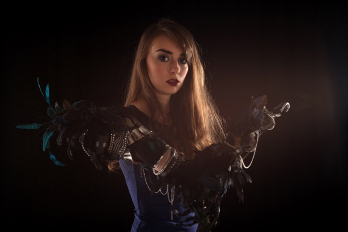 """Feather Armour"" / Sophie de Oliveira Barata & Rowena Vickerman (creators) / Charlotte Epstein (photographer)"